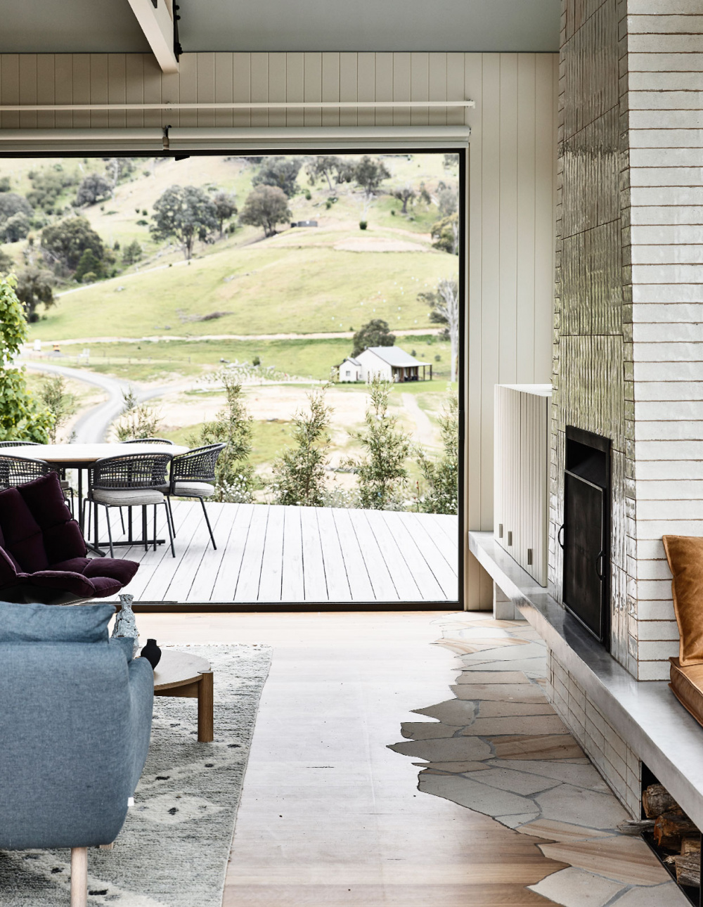 A Contemporary Country Home In Thornton Victoria